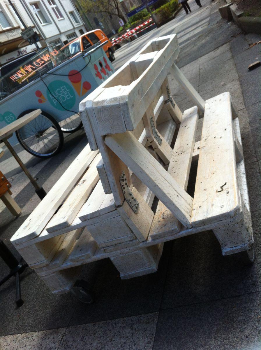 Möbel aus alten #europaletten (via atemberaubende wohnideen) mehr ...