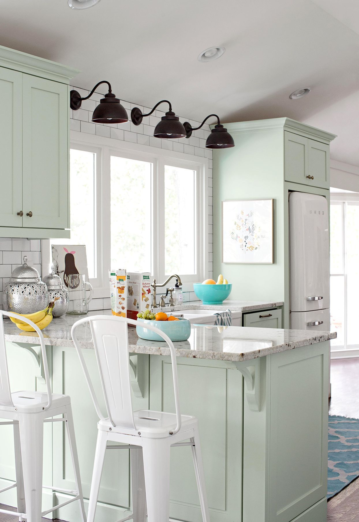 25 Winning Kitchen Color Schemes For A Look You Ll Love Forever In 2020 Green Kitchen Cabinets Mint Green Kitchen Mint Kitchen