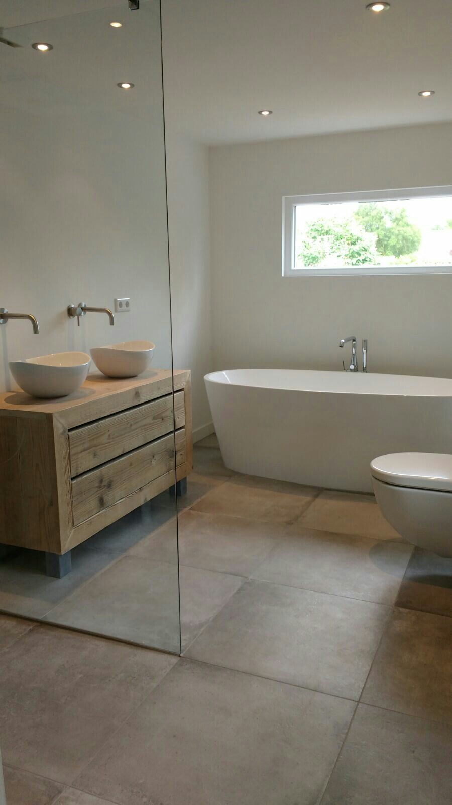 Badkamer betonlook tegel 60x60 | Bathroom | Pinterest | Interiors ...