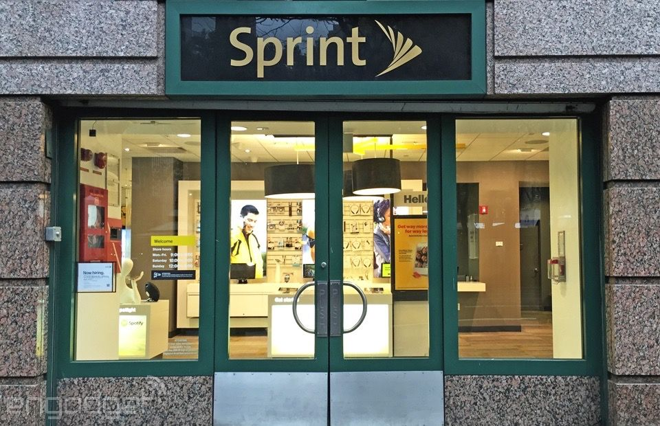 Sprint is throttling data hogs who use more than 23GB in a