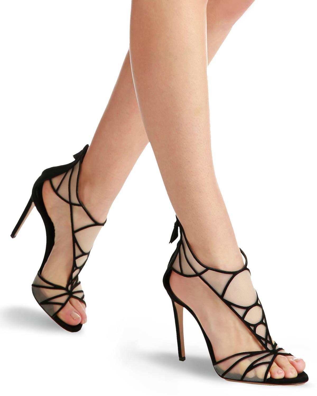 921435ddc18b6 Pin de Nur Cavanshirli en Shoes