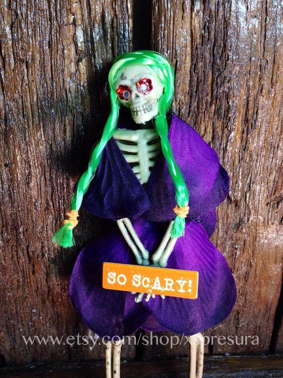 Calaca Doll / Halloween Skeleton Ornament / Day of the Dead Decoration    This special Halloween Edition skeleton doll celebrates the memory of those - DECORATE YOUR OWN SKELOTON