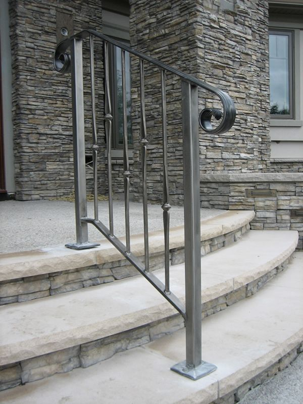 Best Exterior Wrought Iron Stair Railings Personalized Shapes 400 x 300