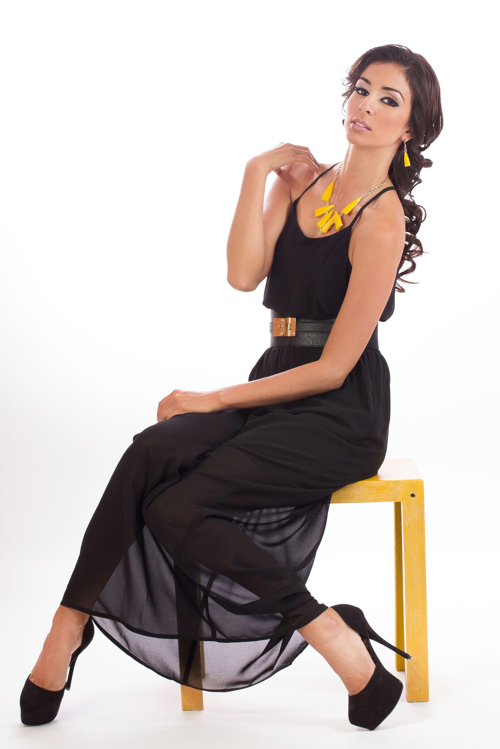 Vestido negro largo que zapatos