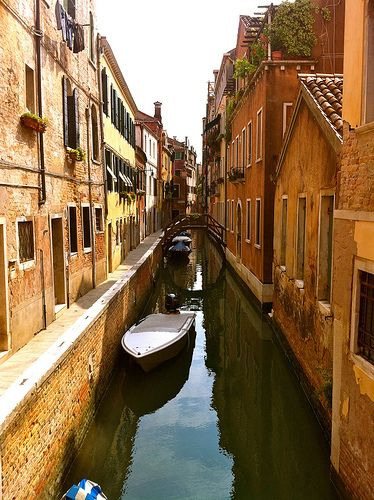 Venice, Italy- just something so fascinating and enchanting about the canals.