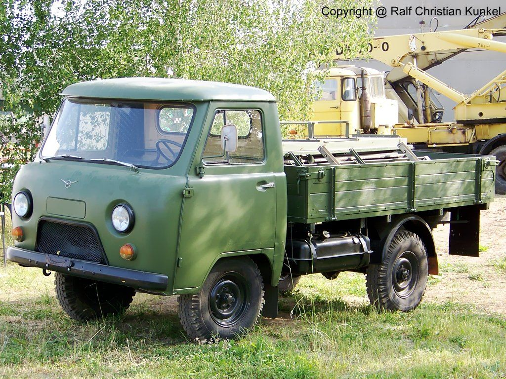 uaz 452d scale 4x4 r c forums uaz pinterest 4x4 small trucks and vehicle. Black Bedroom Furniture Sets. Home Design Ideas