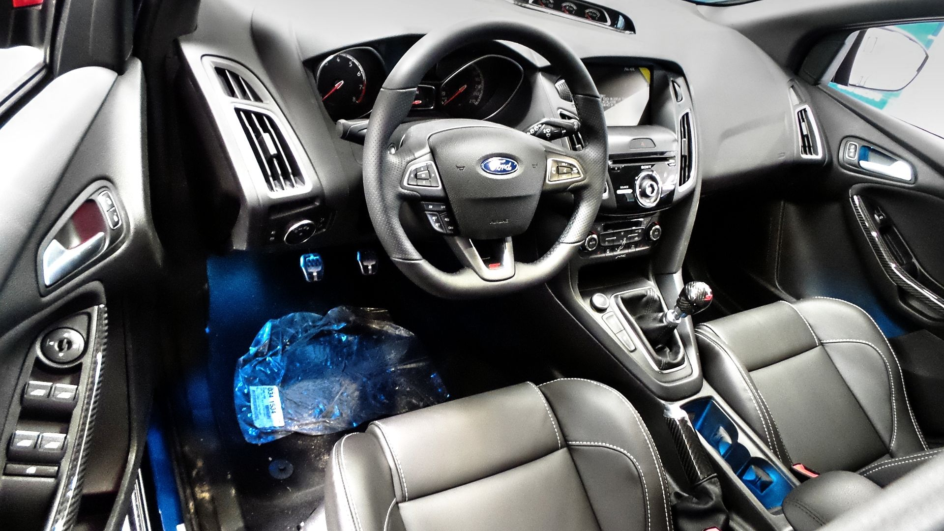 Step Inside The 2016 Ford Focus St Ford Focus St Ford Ford Focus