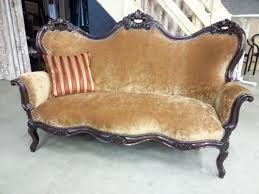 Afbeeldingsresultaat voor antieke stoel stofferen stoel