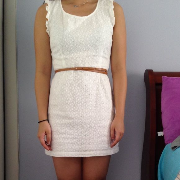 White Zip-on dress white Zip- on dress with belt. 100% cotton. Forever 21 Dresses