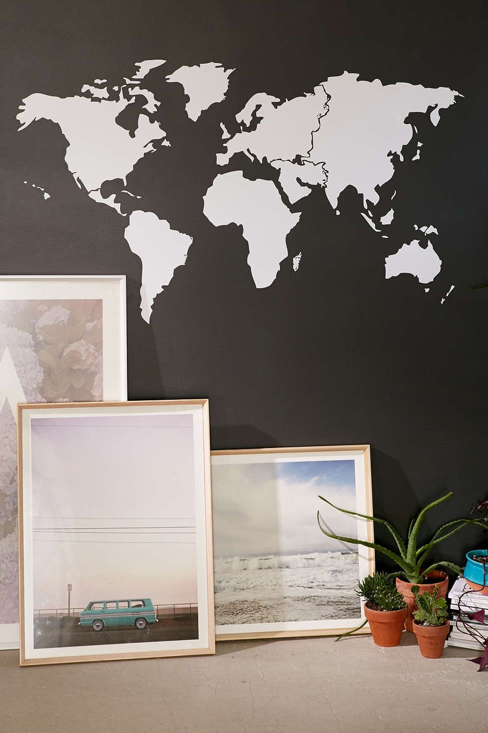 Walls need love world map wall decal ideas para la pared jornada walls need love world map wall decal gumiabroncs Images