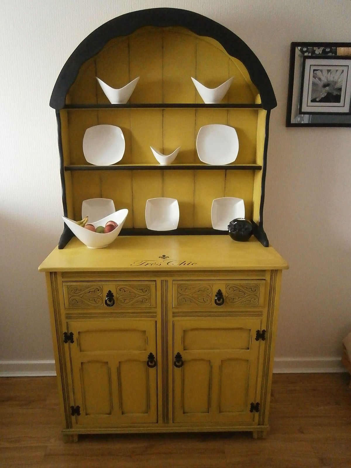 Beautiful Wooden Welsh Dresser Vintage Shabby Chic in Home
