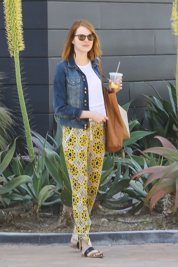 6ccca9c1bd375 Emma Stone Is Obsessed With These Comfortable Sandals via  WhoWhatWear