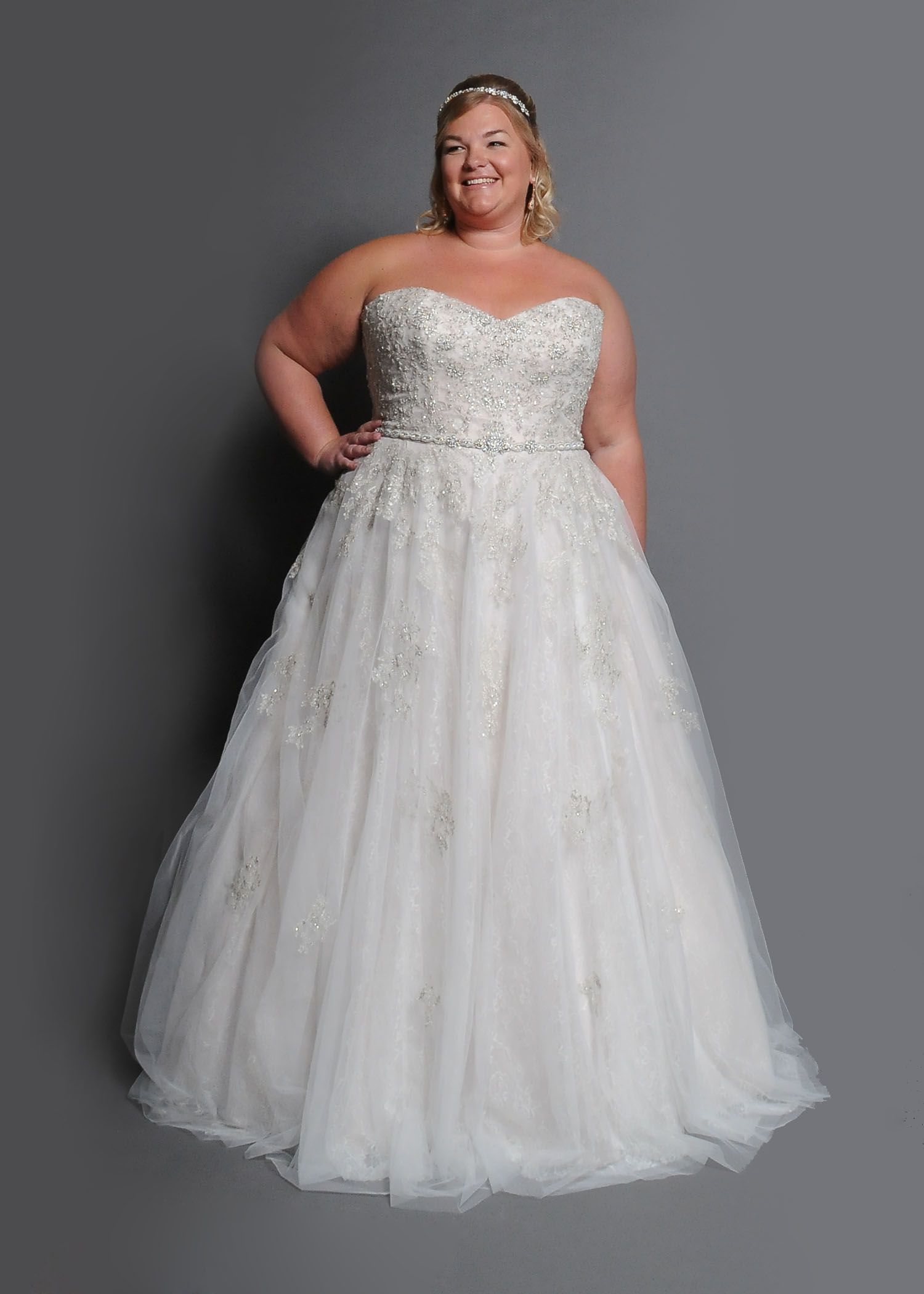 Curvy Bride, Plus size wedding gown, Essence of Australia | WEDDING ...