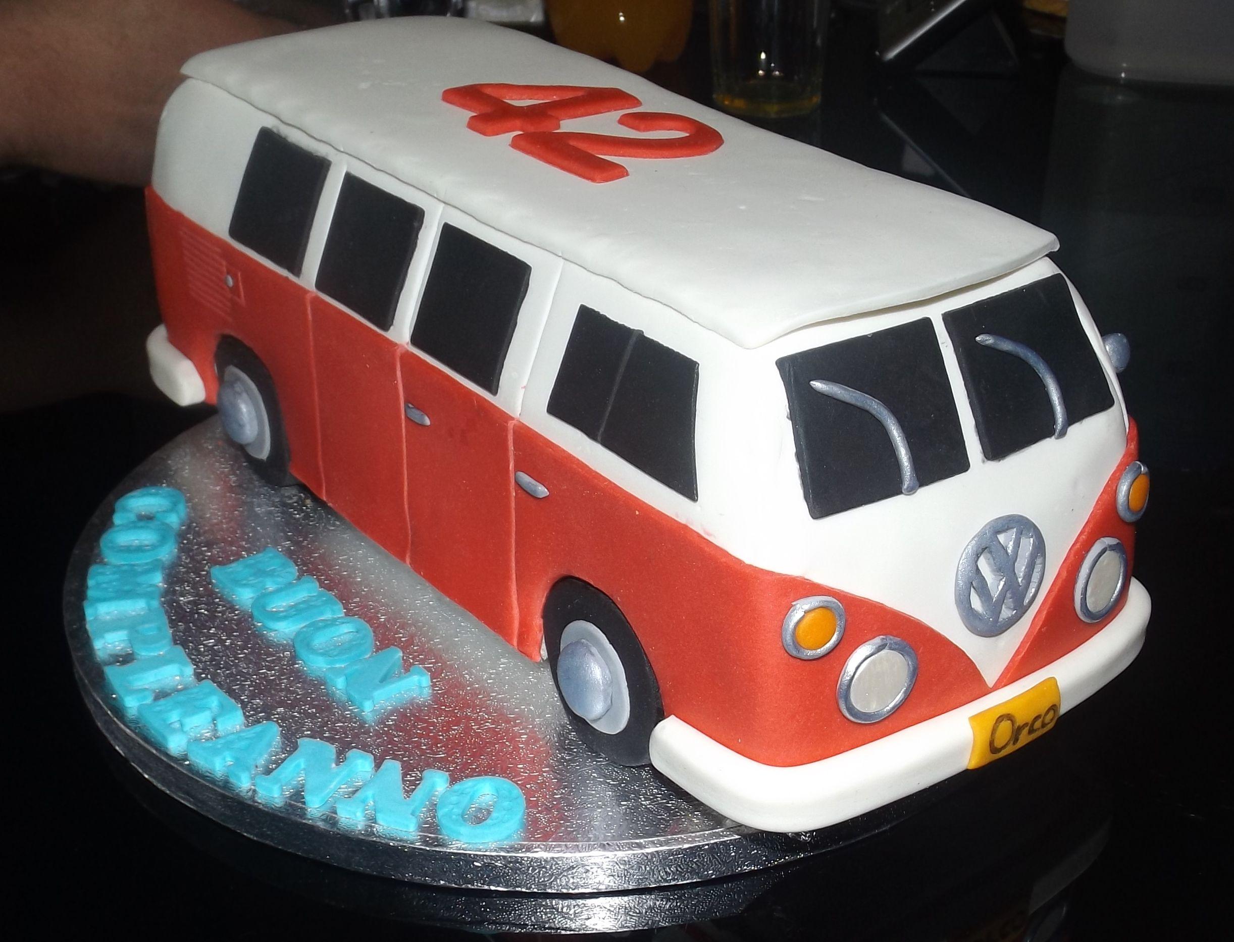 Torta di compleanno VW Camper t1altrimenti detto Bully  La Tortivendola cake design torte decorate e cupcake  Torten Bus Kuchen e