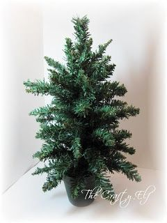 The Crafty Elf At Work: How To Decorate A Christmas Tree