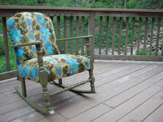 Fabulous Vintage Floral Patterned Upholstered Rocking Chair Creativecarmelina Interior Chair Design Creativecarmelinacom