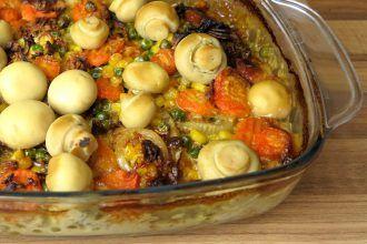 Low Carb Schnitzel-Auflauf mit Gemüse, herzhafter Sahnesoße und ganzen Champignons | Low Carb Lunch & Dinner