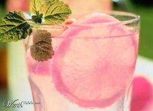 Smooth Pink Lemonade: Vodka, cranberry, sour mix, Sprite