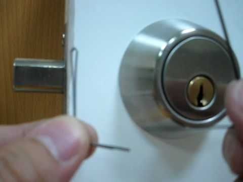 How To Pick A Deadbolt Door Lock With Bobby Pins Way More Difficult Than This And What S With The Techno Music Deadbolt Diy Security Door Locks