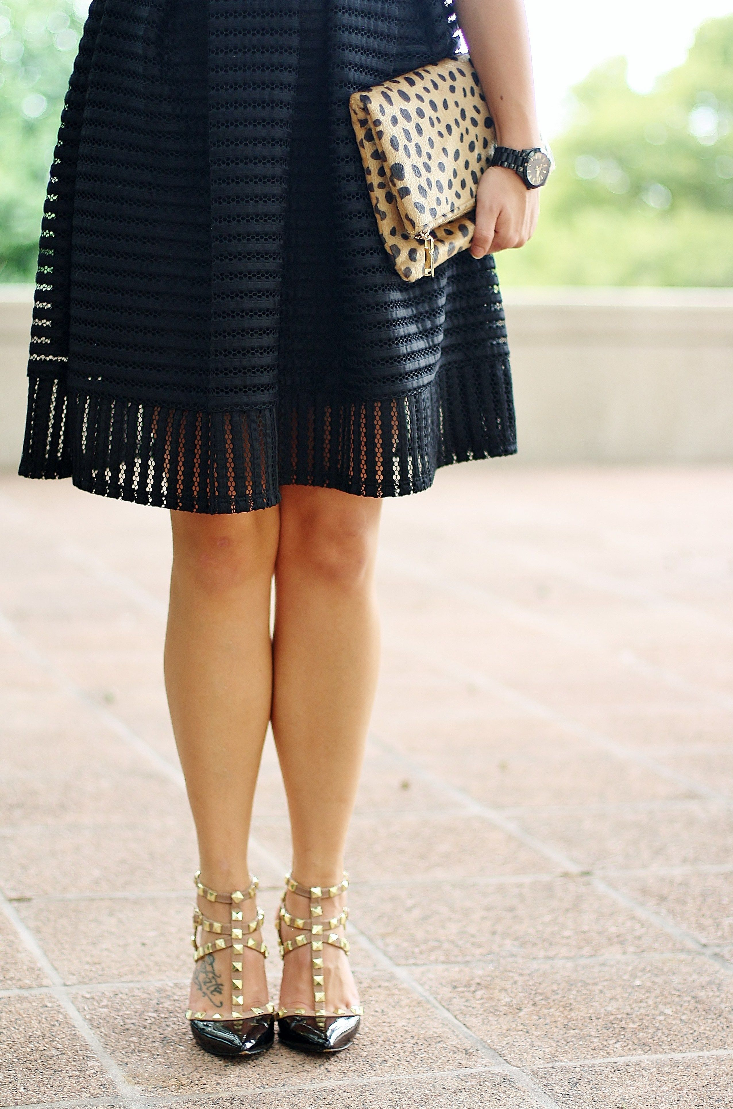 Black and white date night outift; leopard Clare V clutch; black rockstud pumps; black and white outfit