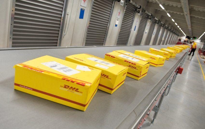 DHL DeutschePostTochter erhöht Preise für Paketversand