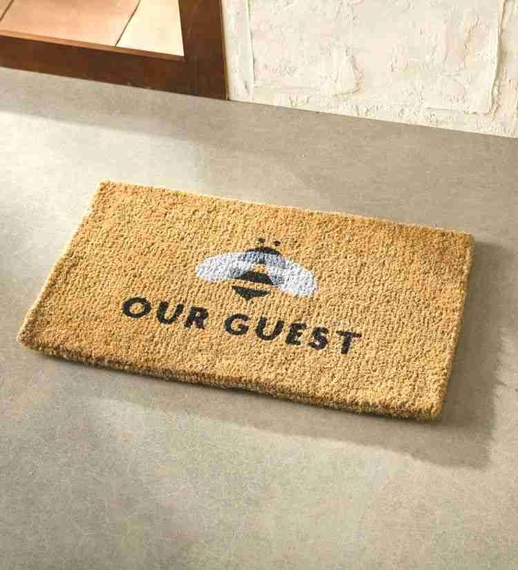 Bee Our Guest Coir Doormat In 2020 Door Mat Diy Door Mat Coir