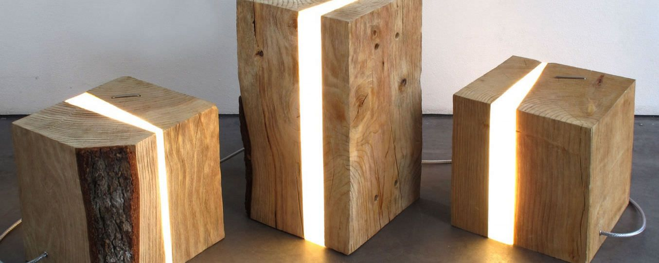 tischlampe originelles design f r innenbereich holz. Black Bedroom Furniture Sets. Home Design Ideas