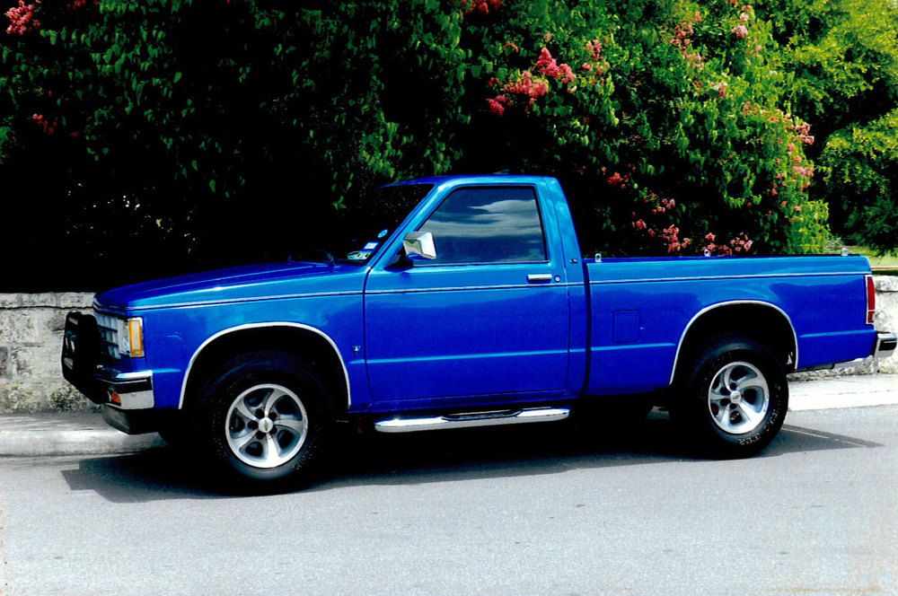 1990 Chevy Truck LMC Trucklife Like A Rock Chevy/GMC
