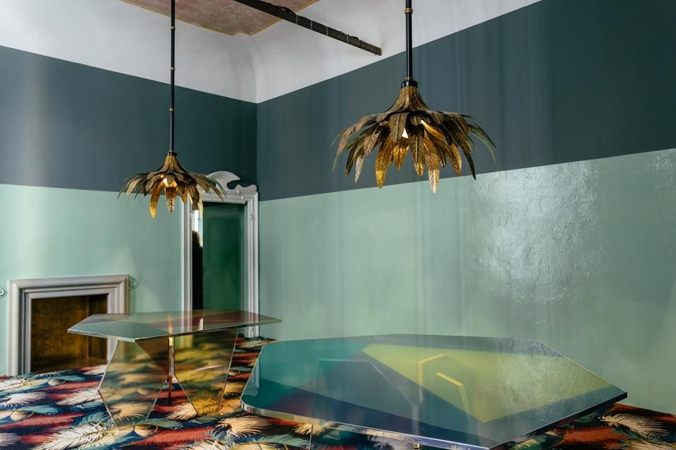 Dimore Studio 10 anni di stile Surface - Iridescent \/ Dichroic - designer mobel kollektion james plumb