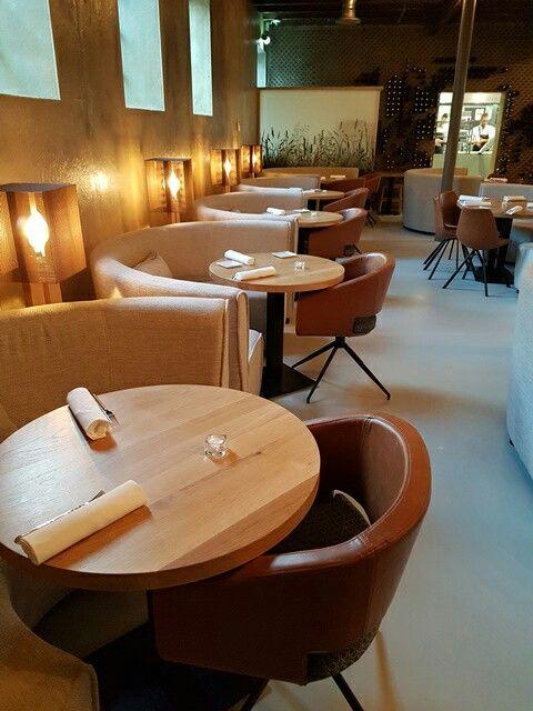 Restaurantbanken op maat Ronde eetkamer banken Eettafel rond ...