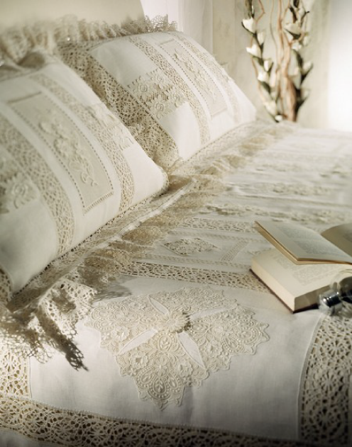Heirloom linen and lace quilt / duvet and pillow shams.  just gorgeous