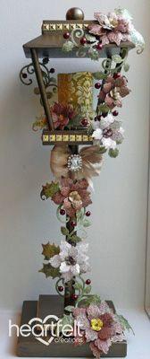 Heartfelt Creations   Sparkling Poinsettia Lamp Post