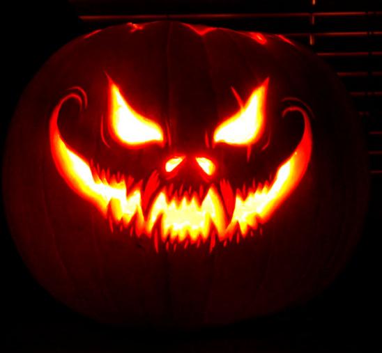 Cool Jack O Lantern Jackolanterns Spookypumpkins Halloweendecorations Shorthalloweenstorie Scary Halloween Pumpkins Amazing Pumpkin Carving Scary Pumpkin