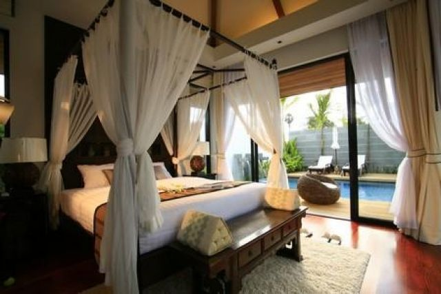 Four Poster Bed Glass Wall Dream Bedroom Home Bedroom Dream