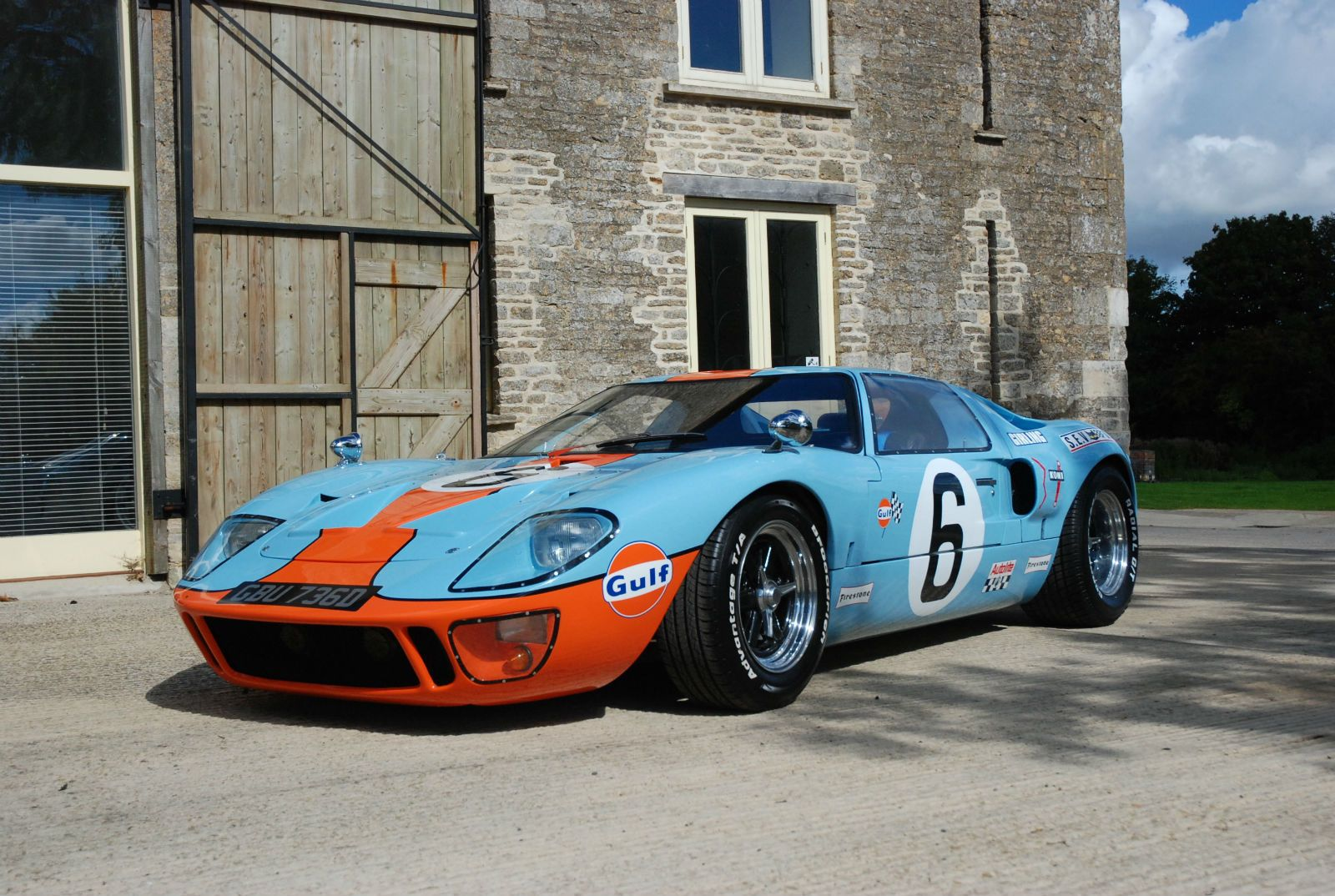 Ford Gt40 Jacky Ickx Gt40 Gulf Colours Sold Ford Gt40 Gt40 Ford Gt
