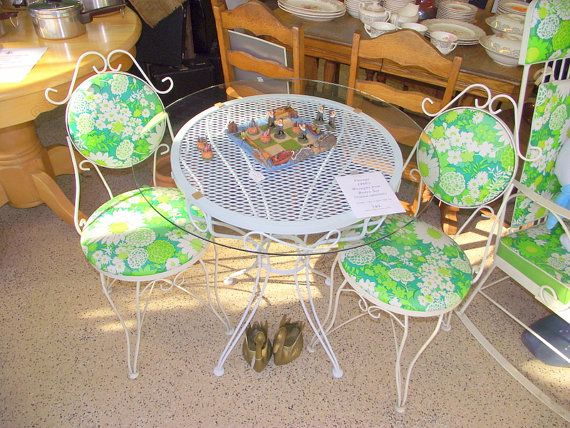 Retro Bistro Table And Chairs Patio Garden Cottage Set   Original Upholstery