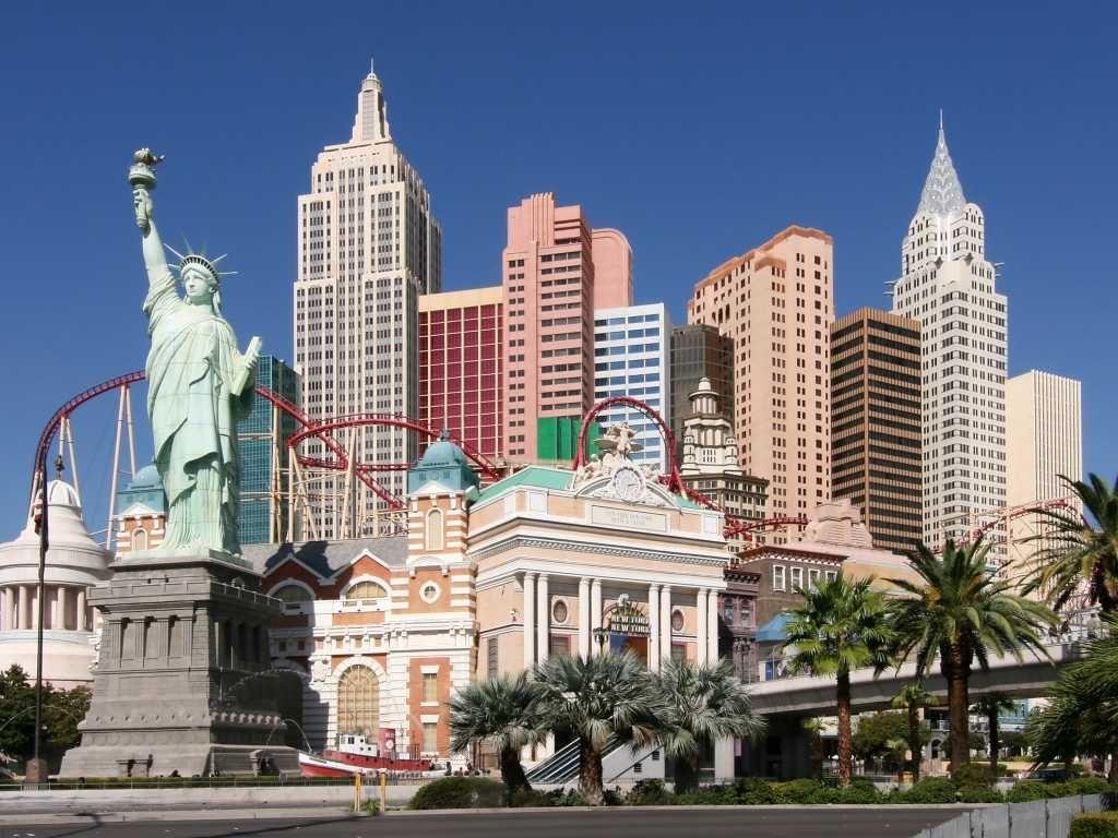 The New York-New York Hotel & Casino Pool