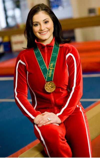 Dominique Moceanu | Dominique Moceanu with Olympic Gold ...