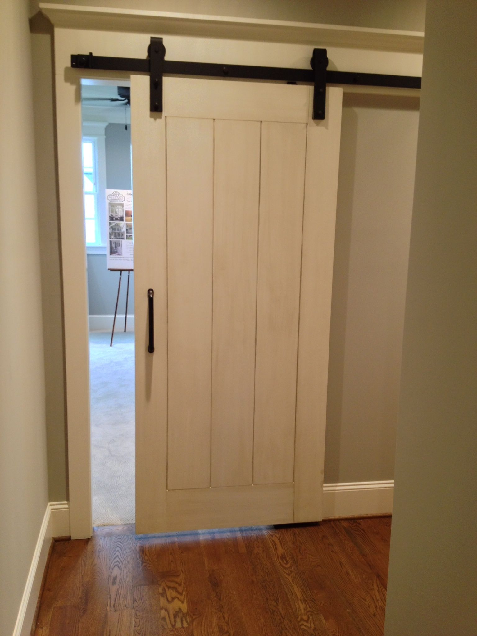 White Barn Door Pictures To Pin On Pinterest Pinsdaddy