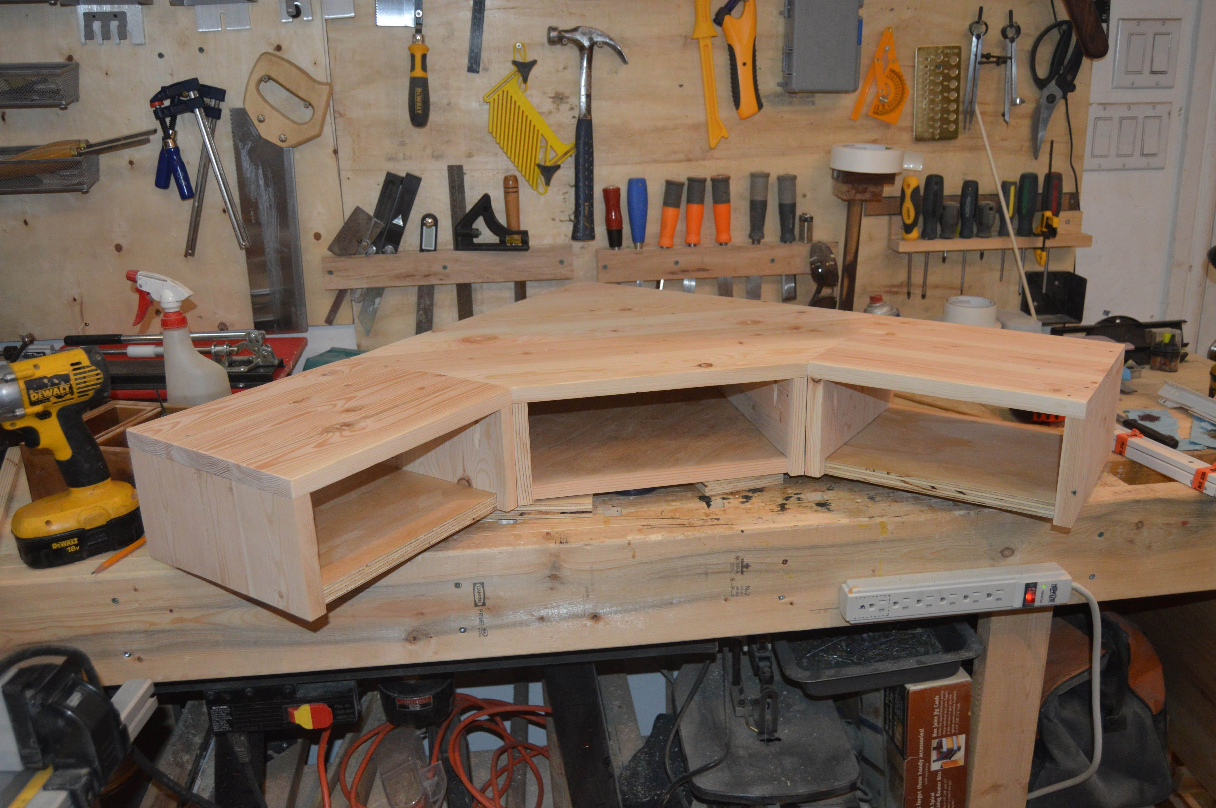 How to make a Pallet Wood Monitor Desk Riser with Drawers Part 1