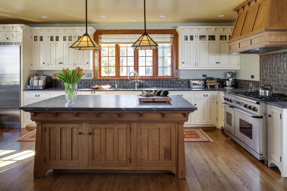 Arts & Crafts style custom Crown Point kitchen/ Photo by ...