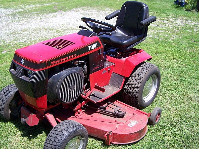 1990 Wheel Horse 520h Uploaded In Wheel Horse Toro Wheel Horse Tractor Small Tractors Toro Lawn Mower