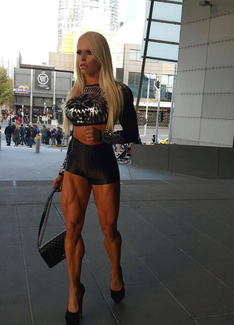 Pin by NeonDemon on RIPPED BITCHZ || FIT MUSCULAR GYM ...