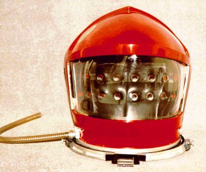 Bowman S Helmet Restored 2001 A Space Odyssey Retro Photo Space Suit