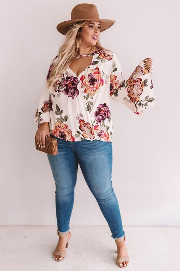 Palms And Kisses Floral Top – Summer outfits