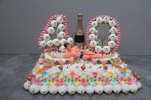 g teaux de bonbons gateau de bonbon joyeuse anniversaire et bonbon. Black Bedroom Furniture Sets. Home Design Ideas