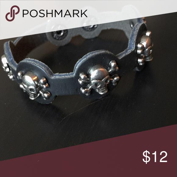 New Silver Studded Black Bracelet With Skull
