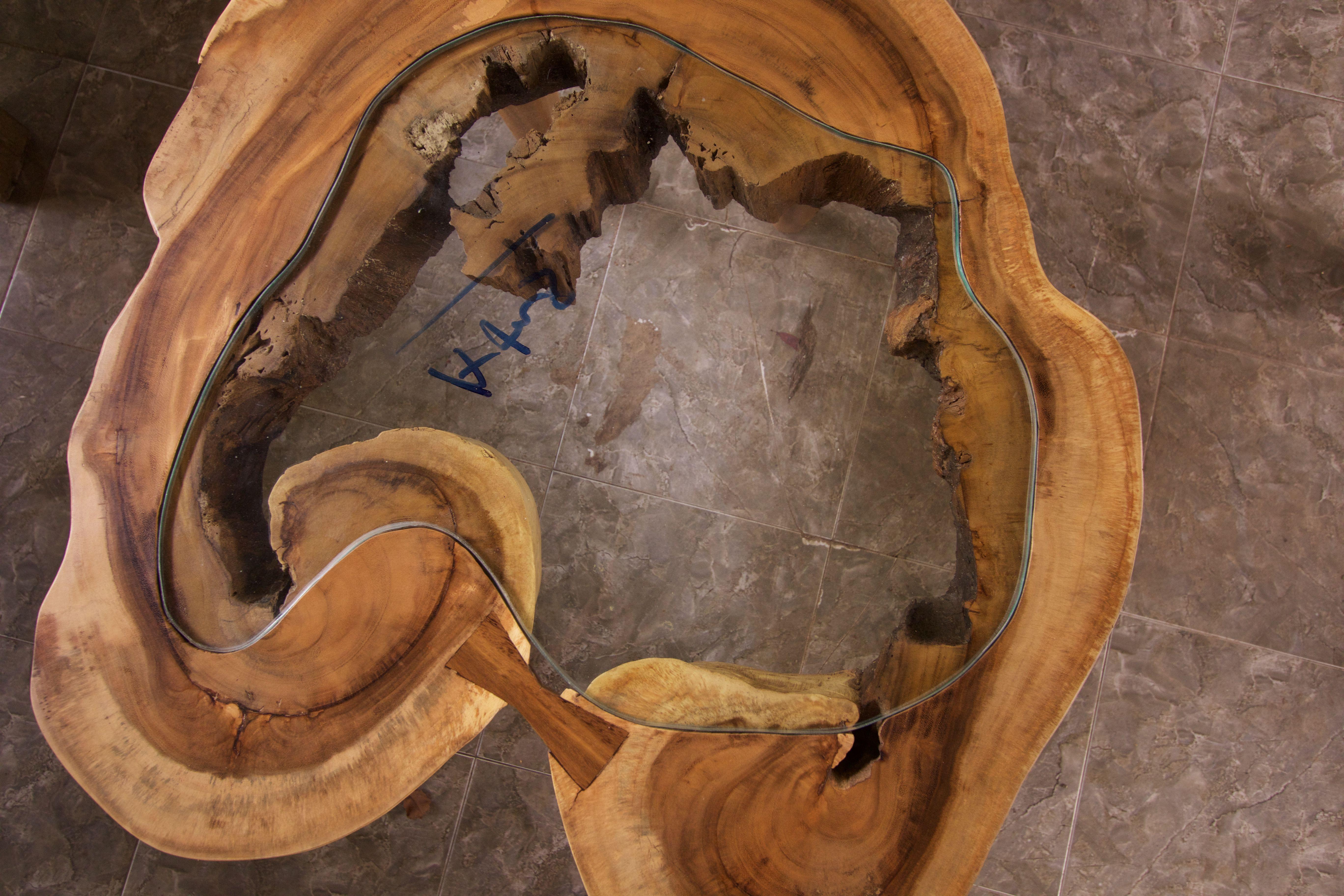Reclaimed Mahogany coffee table with inlaid Mahogany bow ...
