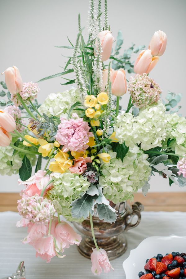 Stunning Centerpiece for Motheru0027s Day Flowers by