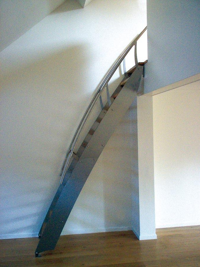 KLARA INOX: échelle / petit escalier design en inox.